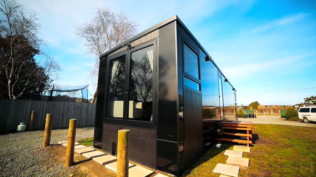 tiny home built to stand earthquakes